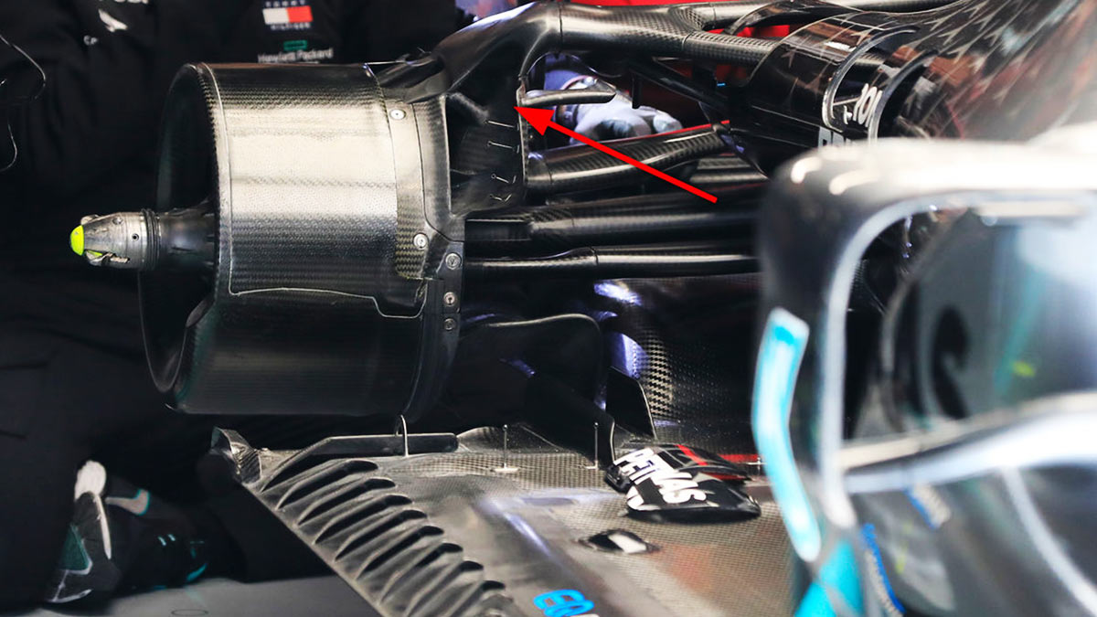 RED BULL : MERCEDES F1 2020 BRAKE AIR DUCTS ARE NOT LEGAL