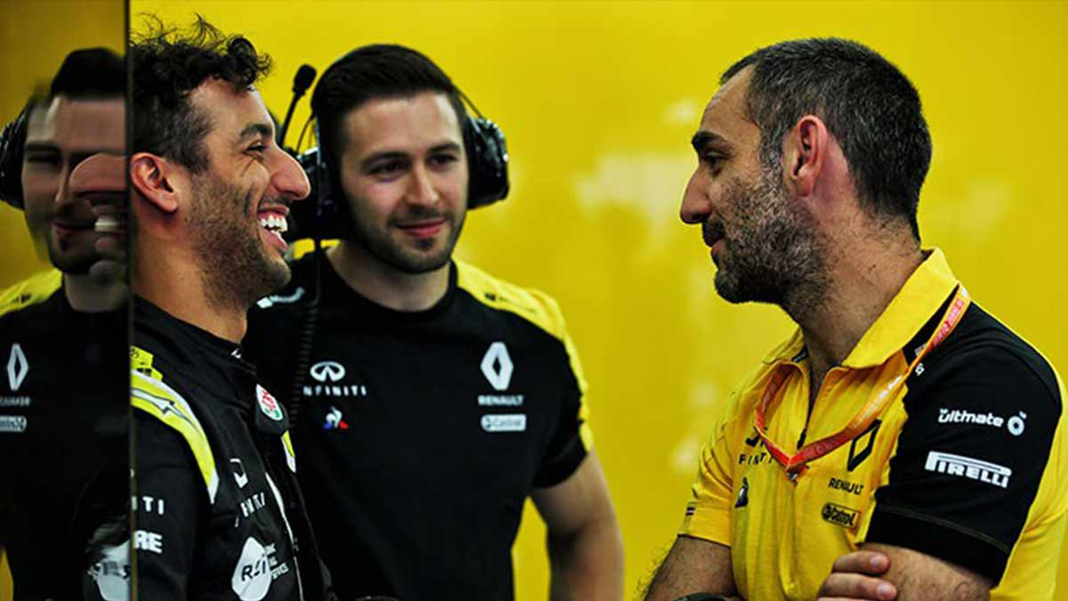RICCIARDO MOVED TO MCLAREN FROM RENAULT