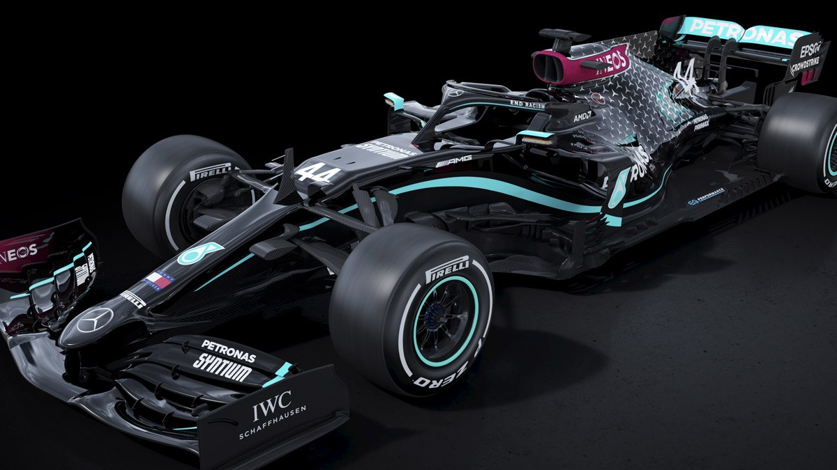 THE MERCEDES TEAM HAS DECIDED TO CHANGE THE COLOR