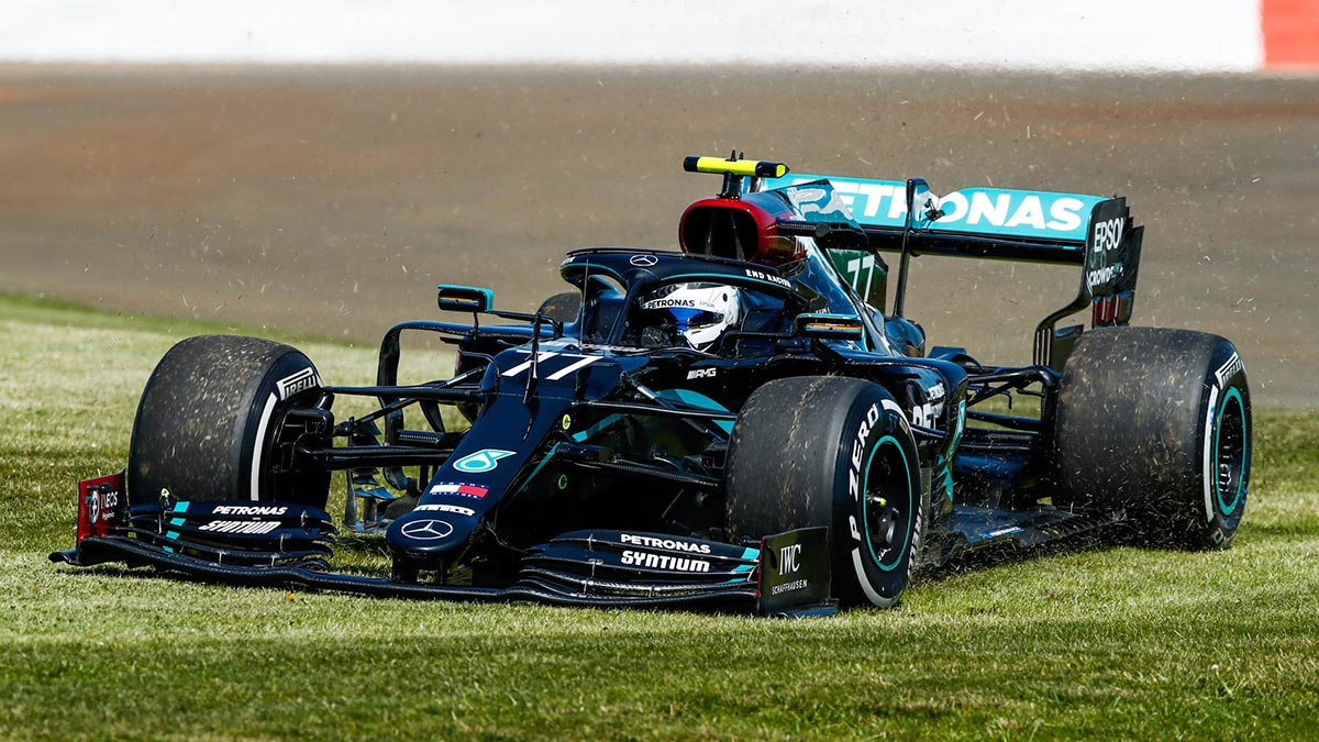 F1 MERCEDES HAVE PROBLEMS WITH WARM WEATHER